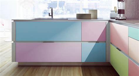 repeindre ses meubles de cuisine en bois relooker ses meubles de cuisine prima