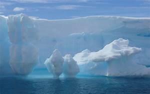 Big iceberg melting in Antarctica, snow - HD wallpaper ...