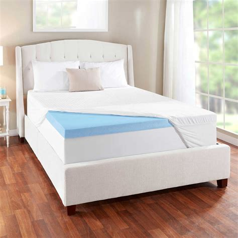 cooling memory foam mattress topper novaform 3 evencor gelplus gel memory foam mattress topper