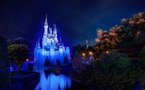Disney World Castle Wallpaper by Magic Kingdom Cinderella Castle Walt Disney World Hd Wallpaper