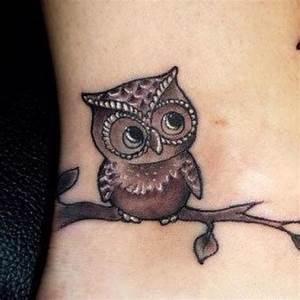 Tatouage Chouette Signification : tattoo hibou hibou tatouage tatouage discret et ~ Melissatoandfro.com Idées de Décoration