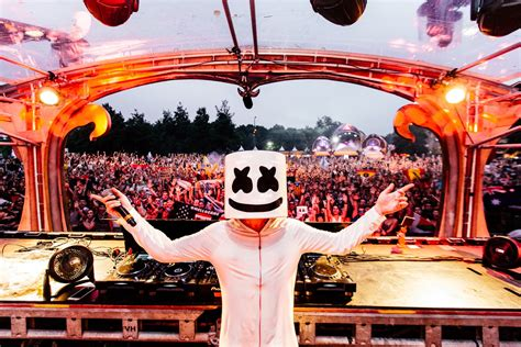 Hd Marshmello Wallpapers Full Hd Pictures