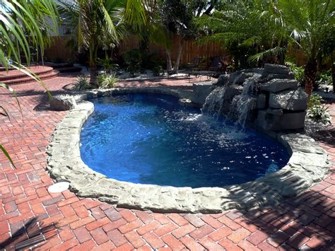 Pools : Fiberglass Swimming Pool
