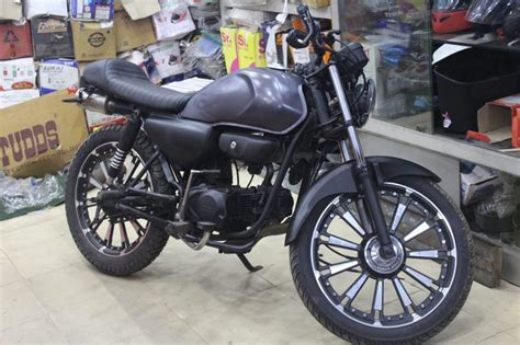 Modified Bikes Cd Deluxe modified honda cd deluxe with dual underseat exhaust