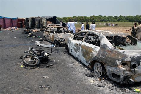 horrible wreck bugzilla explodes into flames tanker explodes in pakistan scores who rushed