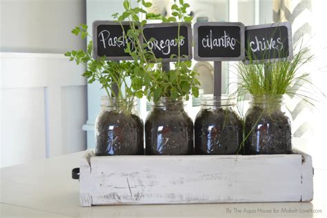 Table Top Herb Garden from an old pallet!