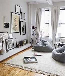 Tapis Deco Salon : d co salon deco salon gris fauteuils gris tapis blanc cass parquet clair mur couleur ~ Teatrodelosmanantiales.com Idées de Décoration