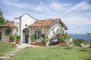 mexican house designs boho chic home with mexican decor touches digsdigs