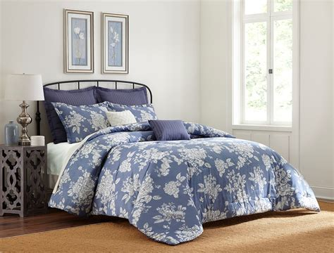 Cannon Piece Comforter Set