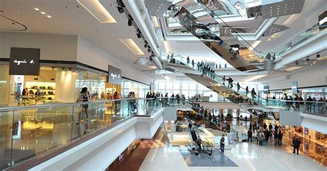 hong kongs  famous malls  department stores