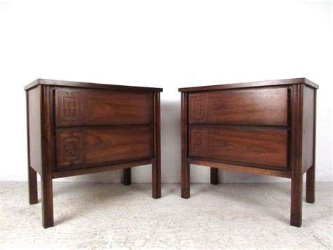 stylish mid century modern seven bedroom set for