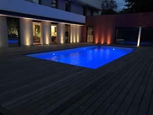 Eclairage Piscine Bois : plage de piscine bois clairage led aix en provence ~ Edinachiropracticcenter.com Idées de Décoration