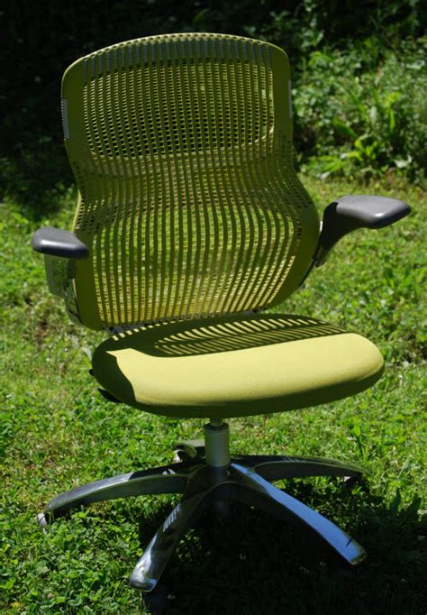 knoll generation chair product review smart furniture