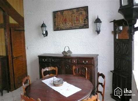 chambre des huissiers annonce location maison à lunac avec 3 chambres iha 14303