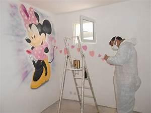 decoration chambre bebe minnie exemples d39amenagements With déco chambre bébé pas cher avec tapis de champs de fleurs