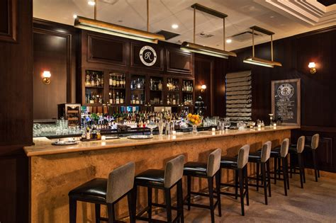 cocktail bars  miami  find  perfect drink