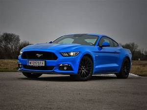 Ford Mustang Fastback 5,0 GT Blue Edition – Testbericht – AutoGuru.at