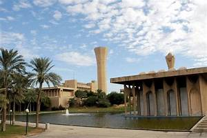 College of Industrial Management King Fahd University of ...