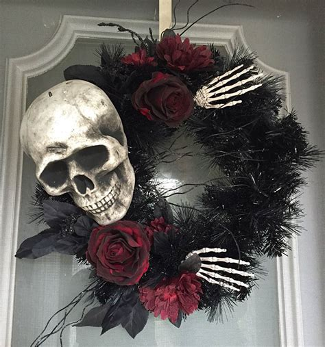 creepy wreaths ideas  halloween