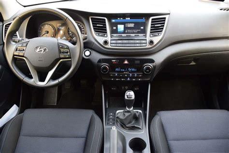 Hyundai Ix35 Interni Hyundai Tucson 2017 Interni Consumi Dimensioni E Prova