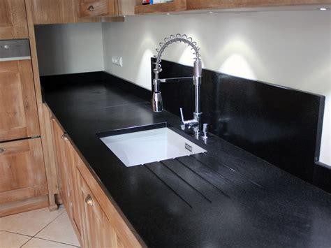 plan de cuisine granit bien choisir le plan de travail de sa cuisine