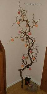 Korkenzieherhasel Deko Ideen : die 21 besten bilder von korkenzieherhasel cork autumn decorations und butterfly crafts ~ Yasmunasinghe.com Haus und Dekorationen