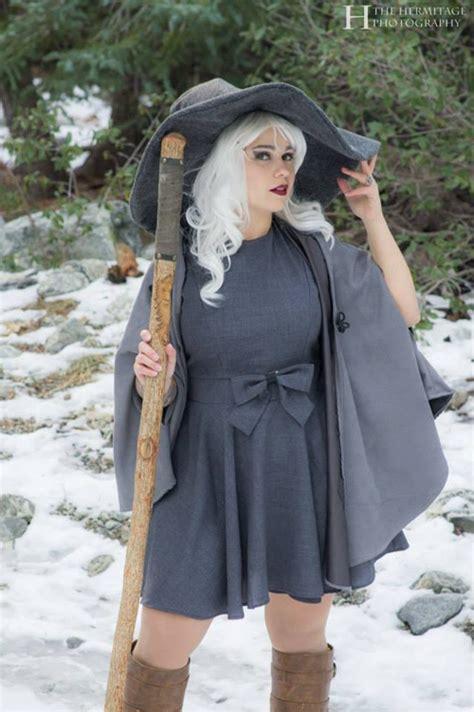 female gandalf cosplay