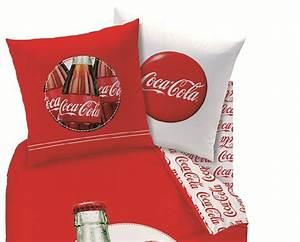 Coca cola drap housse 90 x 190 cm assorti a la housse for Tapis chambre enfant avec housse de couette coca cola pas cher