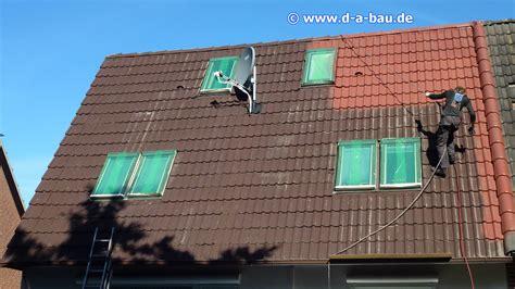 Wichtig Bei Der Dachbeschichtung Der Dachstuhl by Dachreinigung D Und A Bau Reinigt Ihr Dach Gr 252 Ndlich