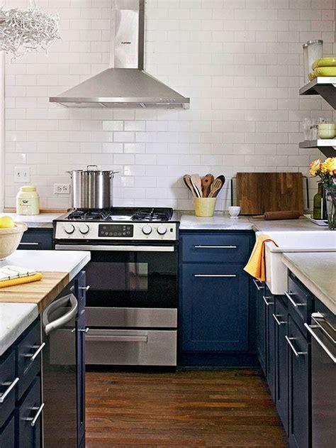 find  perfect kitchen color scheme  homes gardens