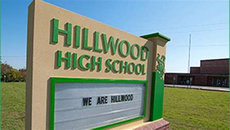 Hillwood High School Lockdown: 5 Fast Facts You Need to ...