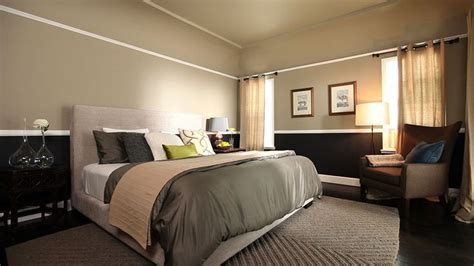 neutral paint colors for bedroom warm neutral paint color combined with chair rail and 19323   1c1386eb090c0870eeb59f57fa490336