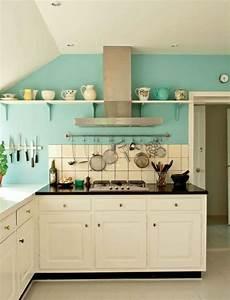 Küche Deko Wand : vintage k che mit wei en m bel und t rkis wandfarbe esther dagn pinterest wandfarbe k che ~ Yasmunasinghe.com Haus und Dekorationen