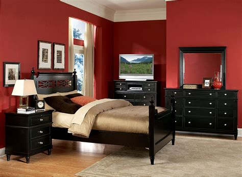 Mesmerizing Traditional Look With Red Walls Bedroom