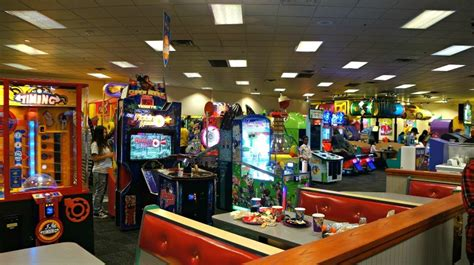 Chuck E. Cheese's Is The Ultimate In Safe and Affordable ...