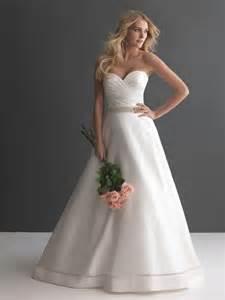 Noblest A-Line Sweetheart Beading Chapel Train White Ivory Wedding Gown Bridal Dress Wedding Dresses 2014