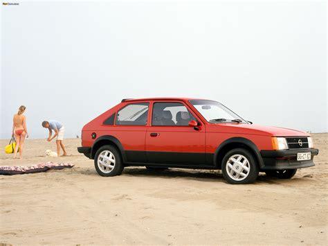 Photos of Opel Kadett SR 3-door (D) 1979–84 (2048x1536)