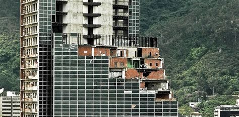 Maduro to Hand China Keys to Tower of David Slum Skyscraper