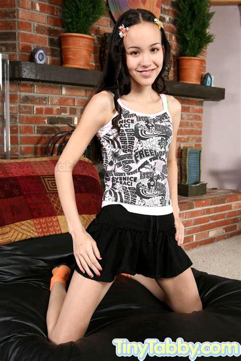 Babe Today Tiny Tabby Amai Liu Tiny Tabby Spring Thin Asian Girl Sexmodel Porn Pics