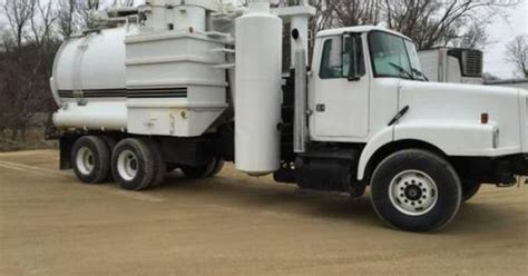 volvo trucks for sale by owner 1998 volvo wg64 vacuum truck for sale by owner on heavy