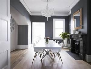 salon gris anthracite une ambiance moderne et deco With idee couleur escalier bois 17 un meuble de salle de bain diy machinchoz