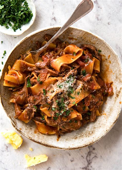 slow cooked shredded beef ragu pasta keeprecipes