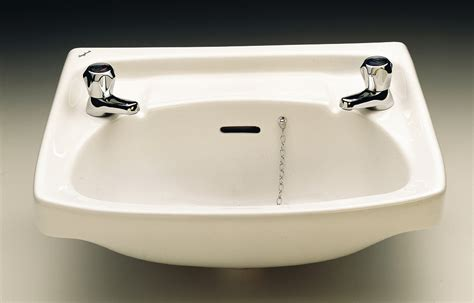 twyford classic   mm  tap hole washbasin ccwh