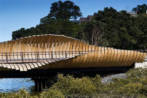 Onepoto Footbridge