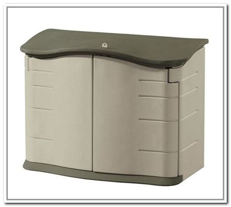 rubbermaid garbage shed best 25 rubbermaid storage shed ideas on