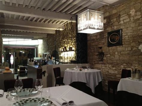 Restaurant Les Bains Besanã On by Le Saint Pierre Besan 231 On Restaurant Avis Photos