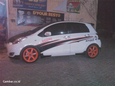 Modifikasi Cutting Stiker by Gambar Harga Cutting Sticker Mobil Avanza Modifotto