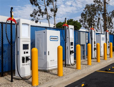 Four Leasing by Penske Offering Dc Fast Charge Capabilities At Four