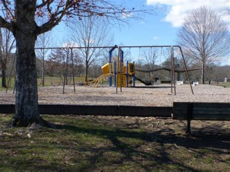 elm grove park scarboro park now being considered for new 604 | Scarboro Community Center Playground Feb 25 2017 e1488053755184