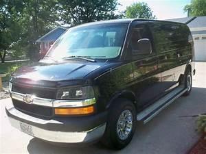 Sell Used 2004 Black Chevrolet Express 1500 Cargo Work Van